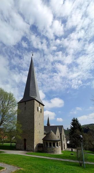 20130428_111854_Kirche-Stockum