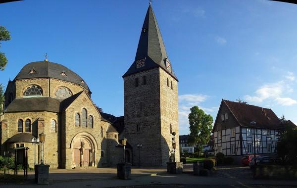 20130930_171644_Kirche-Balve