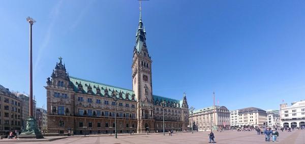 20150524_111743_Hamburg-Rathaus