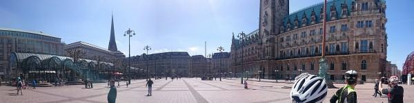 20150524_112356_Hamburg-Rathaus