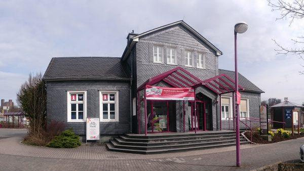 20160403-120001-Bahnhof-Meschede-1920px